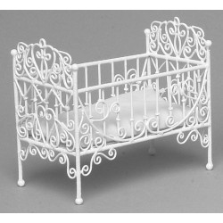 BABY CRIB/WHITE WIRE/CB