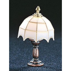 &MH627: WHITE TIFFANY TABLE LAMP