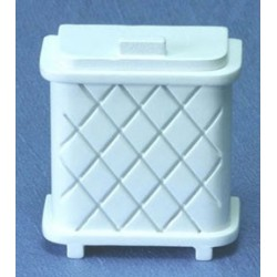 &AZD6872: CLOTHES HAMPER, WHITE (HH08)