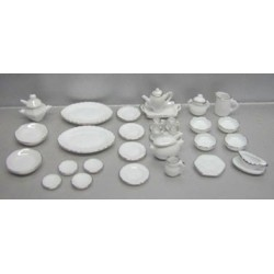40 PC WH/SILVER TRIM DINNER SET