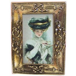 FRAMED PICTURE LADY W/TEA CUP