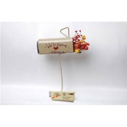 Homespun Mail Box W Package