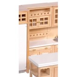 Cabinet w/shelves/oak