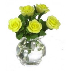Roses In Glass Vase/yellow