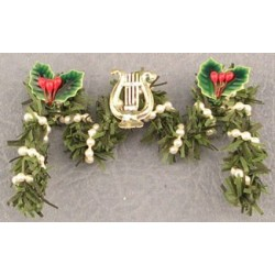 SSN: FIREPLACE GARLAND W/LYRE