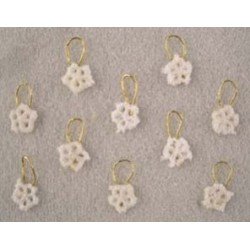 SSN: (10) SNOWFLAKES, ORNAMENTS