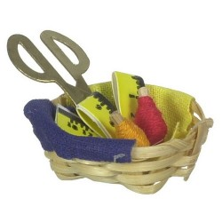 Basket W/thread/scissors