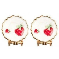 2 Strawberry Plates/Display