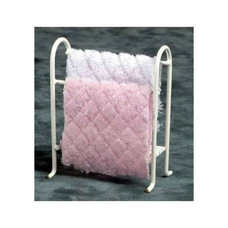 Towel Rack with Towels