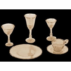 4 PLACE AMBER DISHES/STEMWARE, KIT