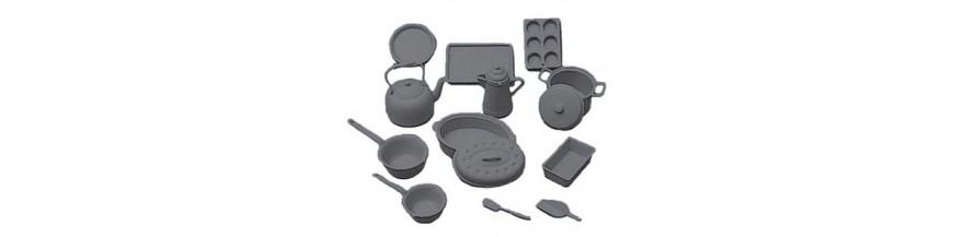 Miniature Cookware & Dishes